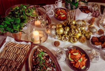 Tervetuloa viettämään unohtumattomattomia pikkujouluja Restaurant Haveniin. Tarjoamme upeat puitteet onnistuneisiin juhliin niin yrityksille kuin ystäväseurueille.